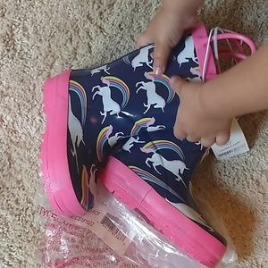 Rain boots size toddler 6